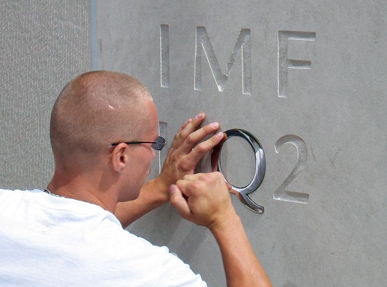 IMF_002